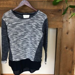 TWO by Vince Camuto sweater | sz xs